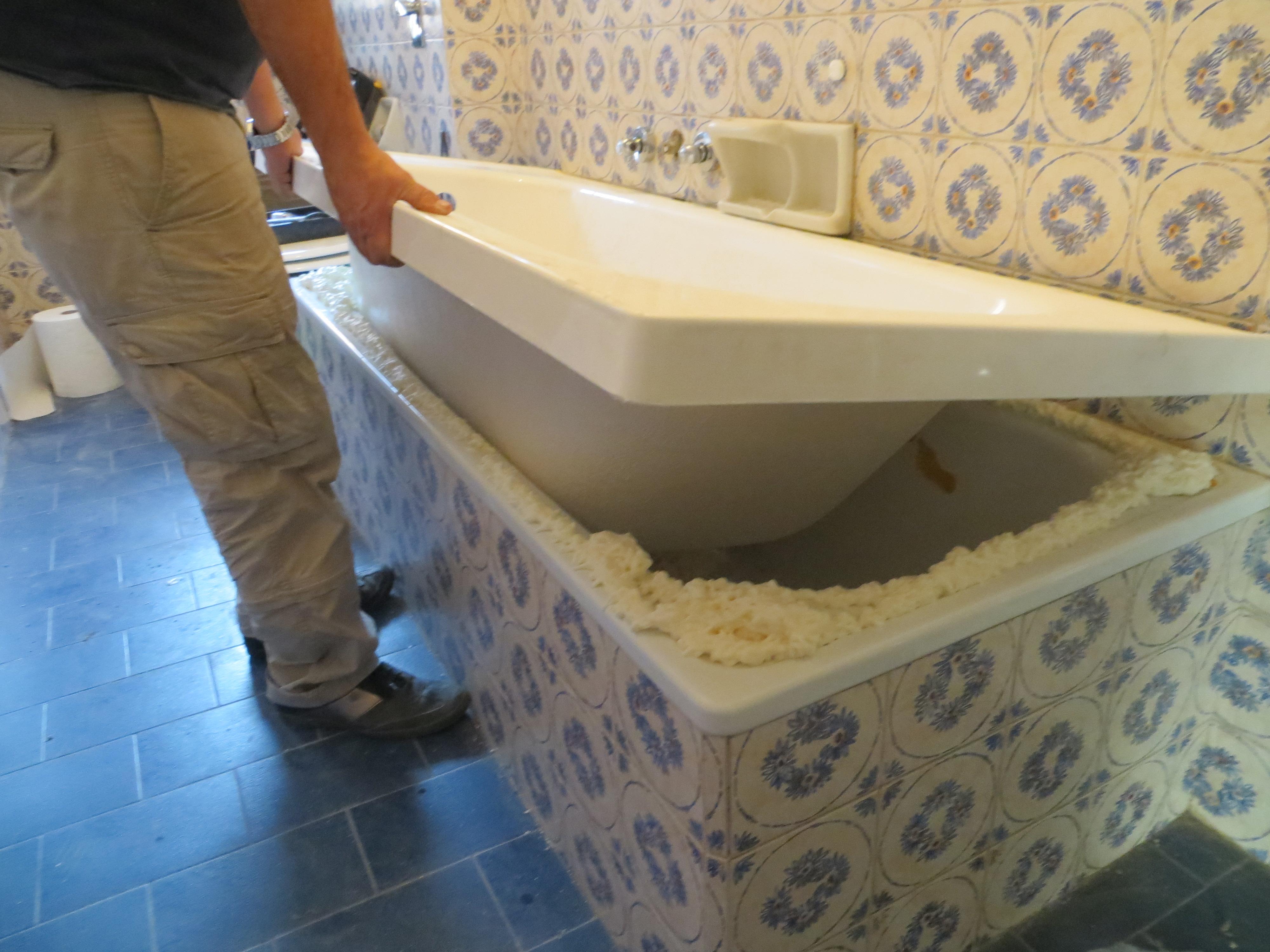 Sovrapposizione vasca con sportello con sostituzione vasca da
